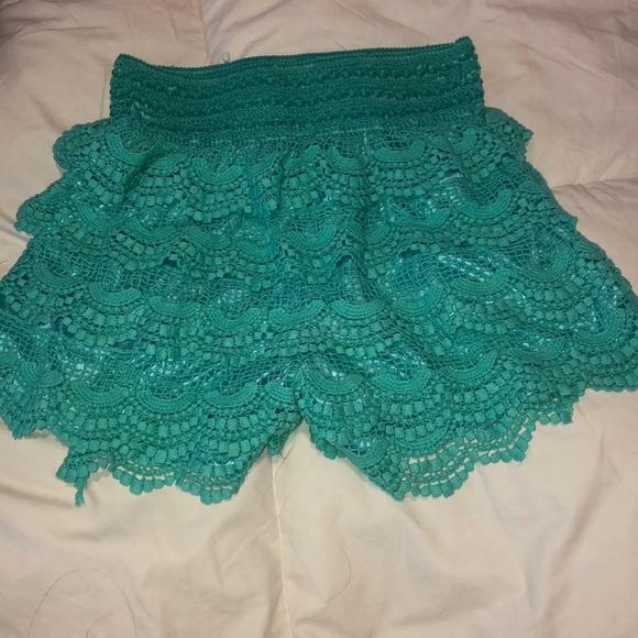 Pants - Crochet Layered Shorts